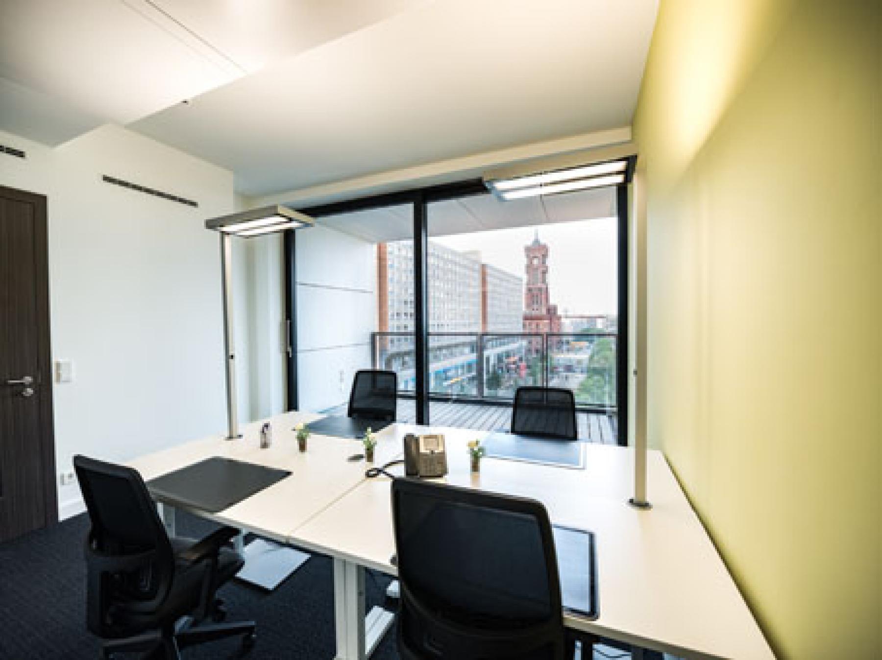 Schöne und helle Bürofläche mieten in Berlin Mitte