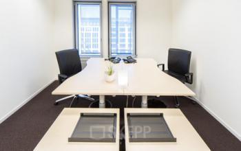 Geräumiges Büro mieten in Berlin Unter den Linden