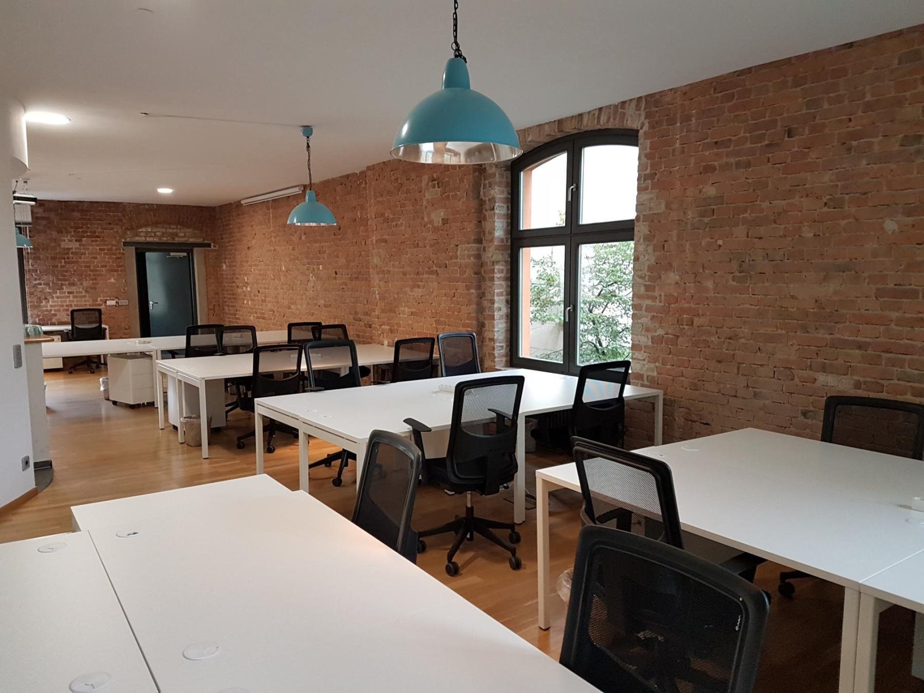 Rent a working place at the Coworking-Space in Berlin-Mitte