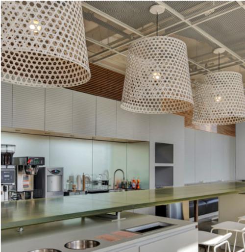 Voll ausgestattete Designerküche der Bürofläche zur Miete in Berlin