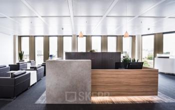 Bürogebäude in Berlin mit erstklassigem Empfangsbereich