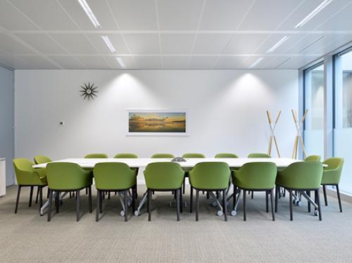 Großer Konferenzraum des Business Centers in Berlin an der Greifswalder Straße