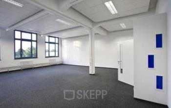 Große Bürofläche im Business Park an der Gartenfelder Straße in Berlin-Spandau