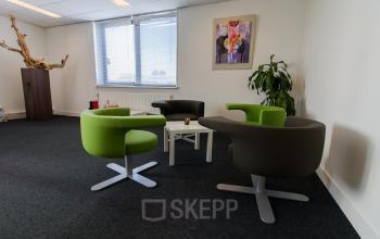 Different sizes office spaces for rent