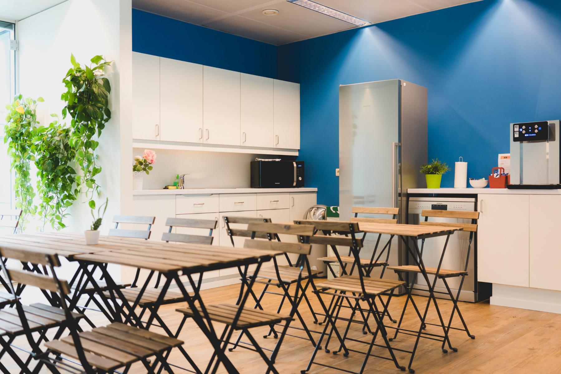 huur kantoor bedrijvencentrum brussel airport eetzaal