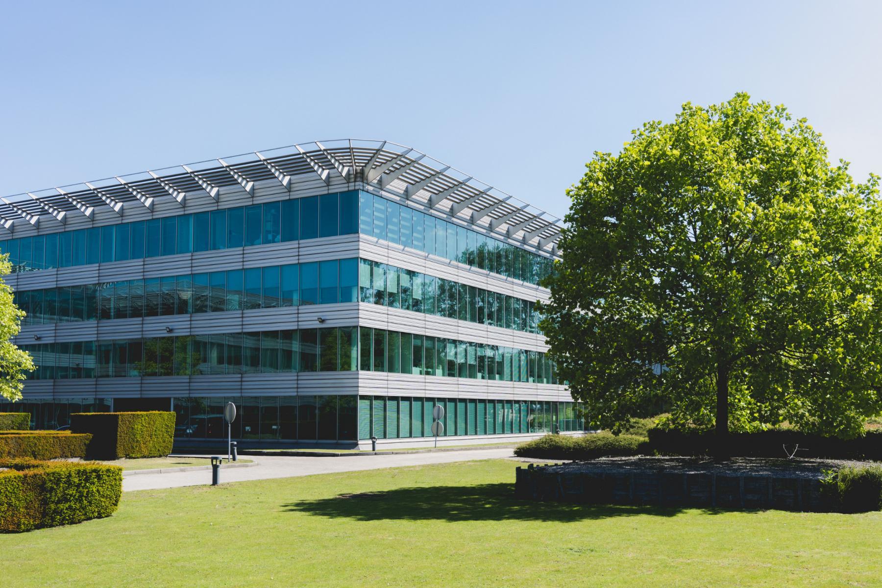 kantoor te huur brussel airport gebouw