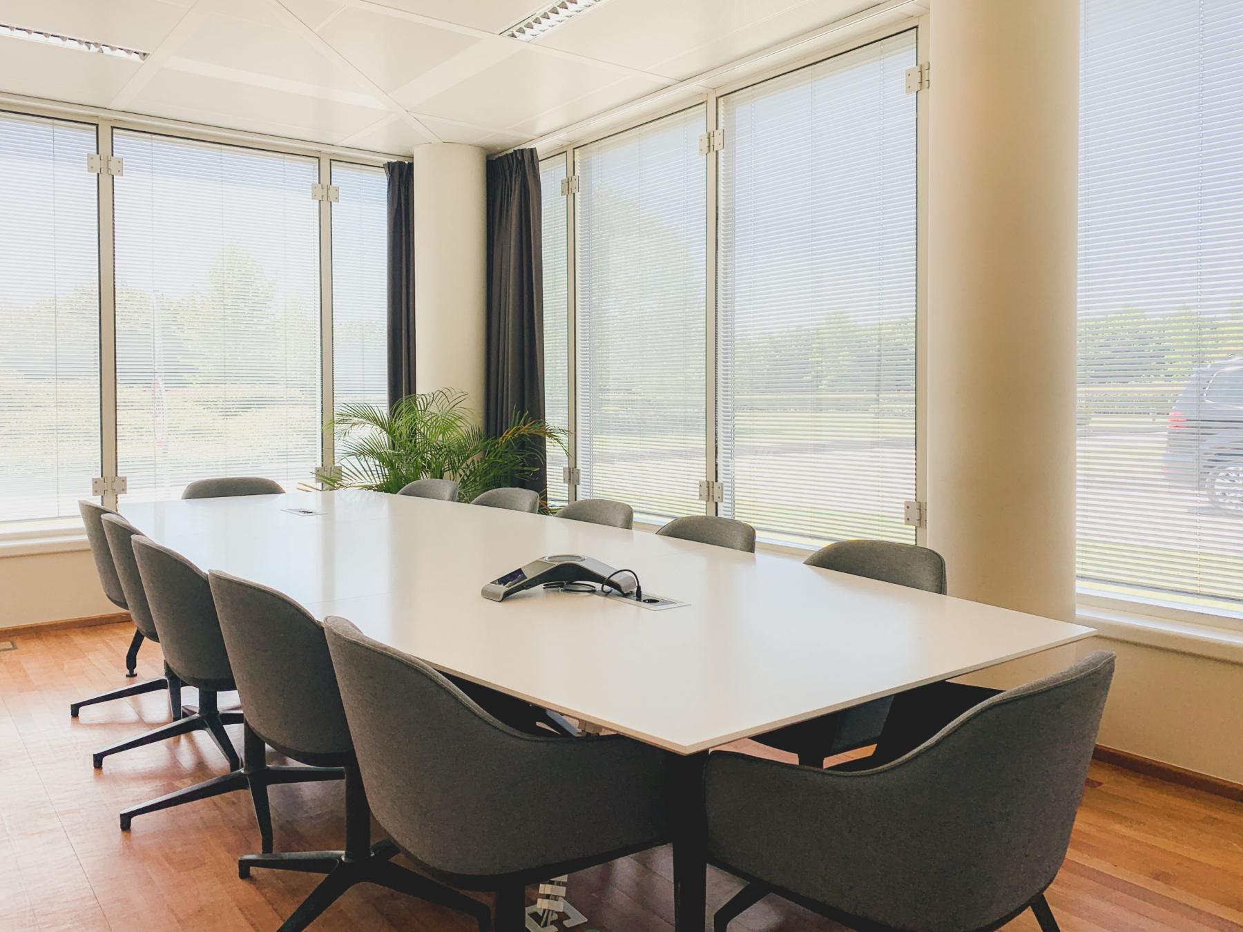 kantoorkamer huren businesscenter brussel airport kamer 2