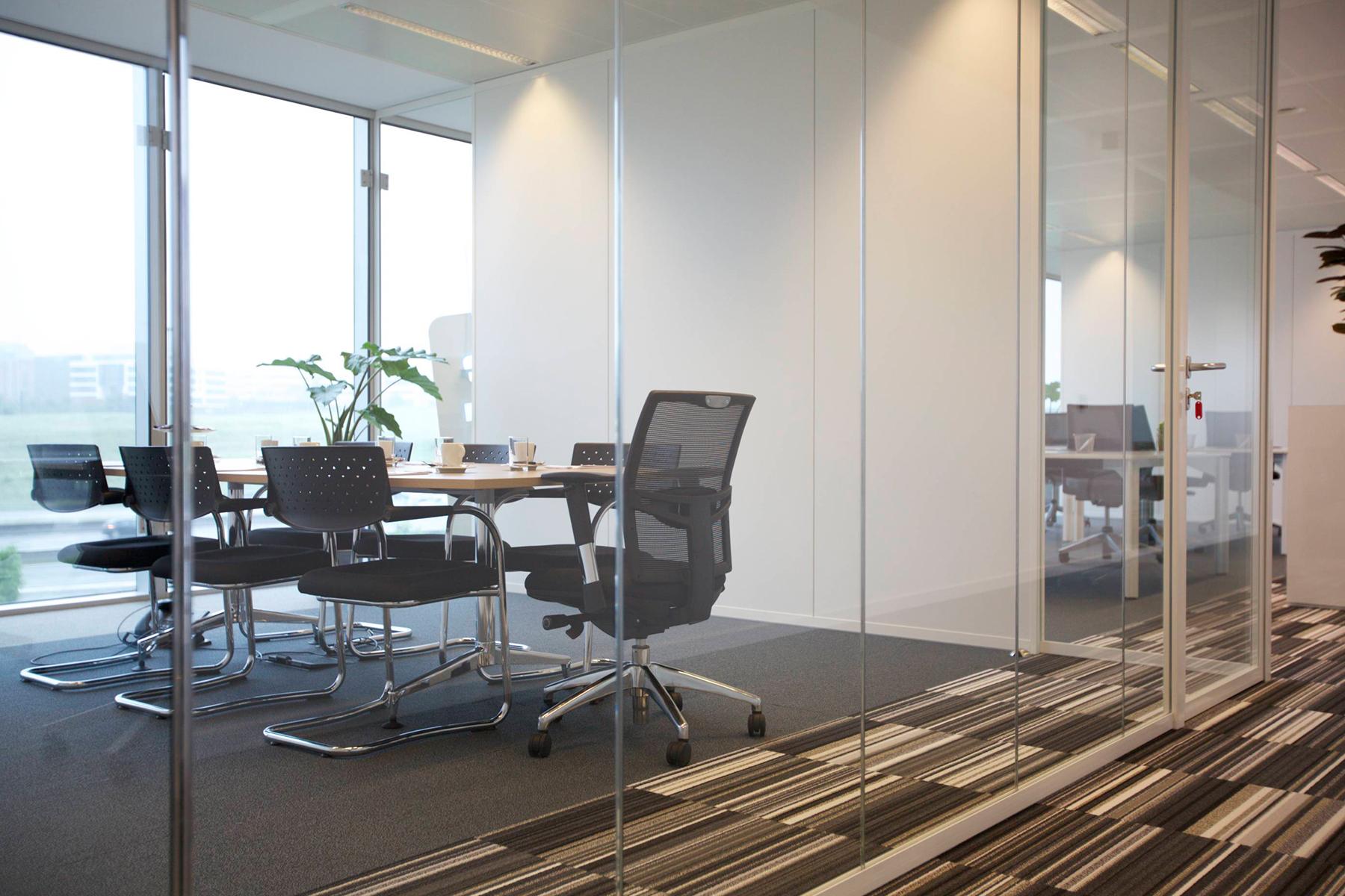 kantoorruimte brussel airport meubilair kantoorunit stoel bureau
