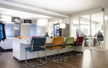 colorful big table lights meeting room lunchroom