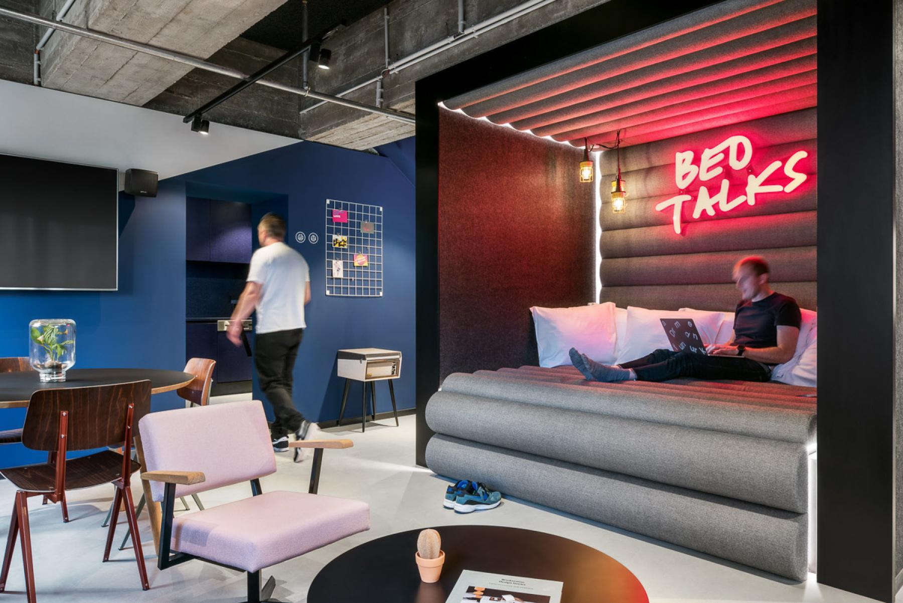 Schöne Business Lounge in der Prager Straße in Dresden