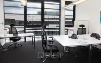 Modernes Büro mieten im Business Center in Düsseldorf Altstadt