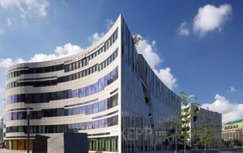 Eindrucksvolle Fassade der Immobilie an der Königsallee in Düsseldorf-Altstadt