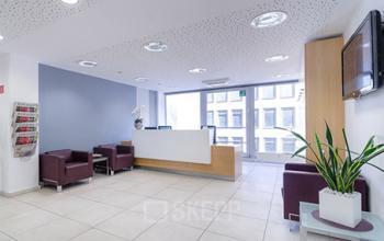 Eleganter Empfangsbereich des Business Centers in Düsseldorf-Altstadt