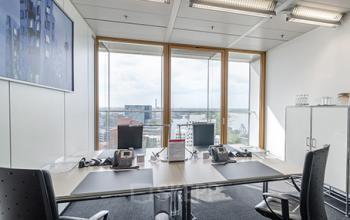 Helles Büro mieten in Düsseldorf