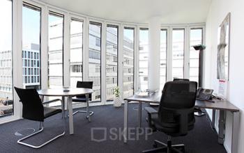 Modernes Büro mieten in Düsseldorf-Lohausen