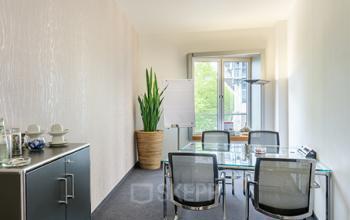 Helles Büro mieten am neuen Zollhof in Düsseldorf-Medienhafen