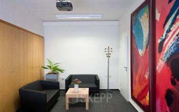 Gemütlicher loungebereich im Business Center in Düsseldorf-Holthausen
