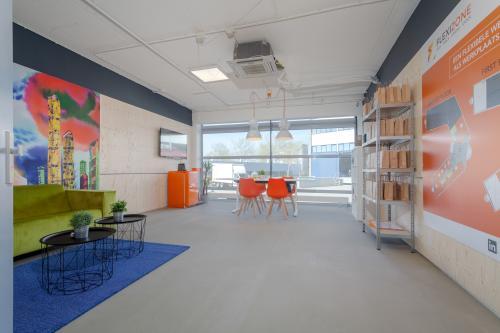 Rent office space Tarasconweg 2, Eindhoven (1)