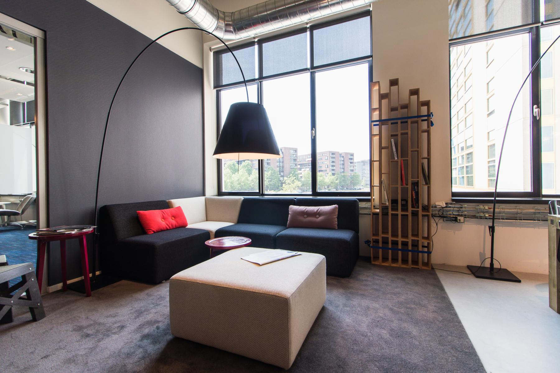 Multiple lounge places in the office building