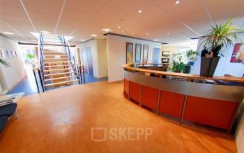 entree gemeenschappelijke ruimte receptie emmen kantoorgebouw