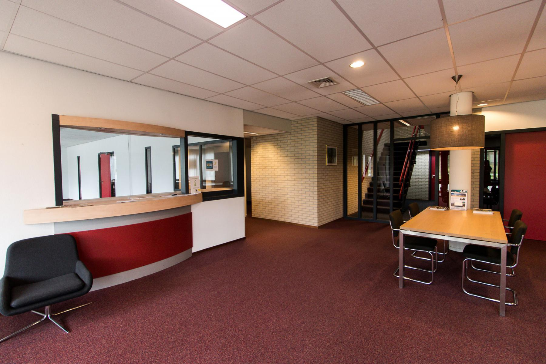 Entrance with waiting room