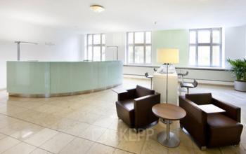 Stilvoller Empfangsbereich des Business Centers im Bahnhofsviertel in Frankfurt