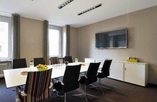Beeindruckender Konferenzraum im Business Center in Frankfurt