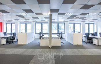 bright office space for rent in Frankfurt, Zeil