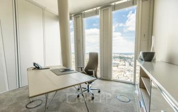 Miete ein Büro mit einer atemberaubenden Aussicht in Frankfurt