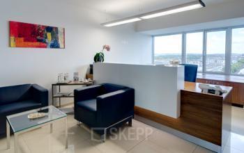 Stilvoller Empfangsbereich der Immobilie in Frankfurt-Ost