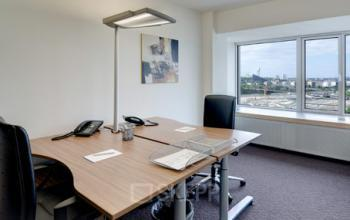 Helles Büro mieten in Frankfurt