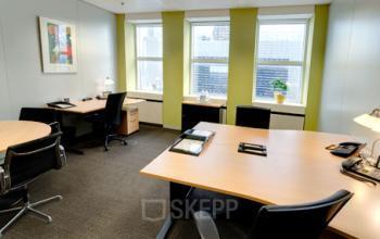 Helles Büro mieten in der Immobilie in Frankfurt