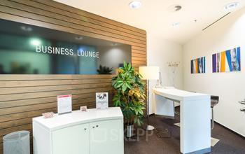 Elegante Business Lounge der Bürofläche in Frankfurt-Westend