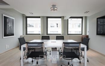 Vergaderen in luxe ruimte