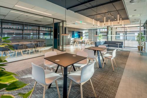 Rent office space Tielweg 30, Gouda (3)