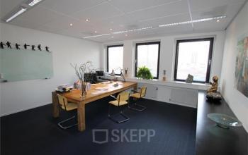 kantoorkamer huren uitstekende locatie groningen