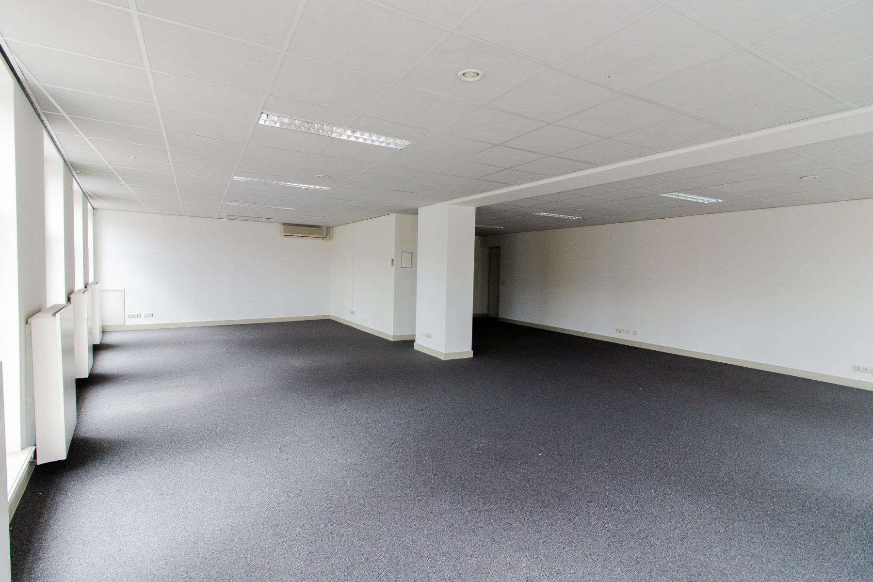 Multiple office spaces for rent
