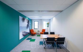 kantoorruimte werkplek kleur modern SKEPP