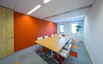 vergaderruimte kantoorpand kantoorkamer vergaderen SKEPP