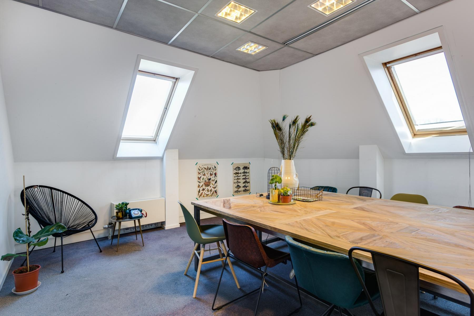 creative office space working places for rent