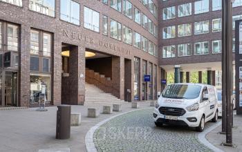 Außenansicht des Bürogebäudes zur Miete in Hamburg