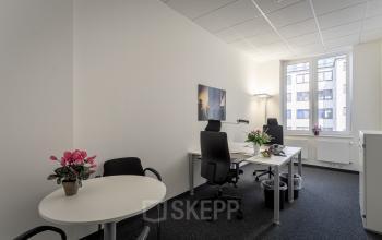 Viel Tageslicht in den privaten Büros in Hamburg Altstadt