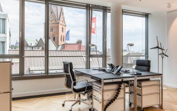 Rent a spacious office in Hamburg