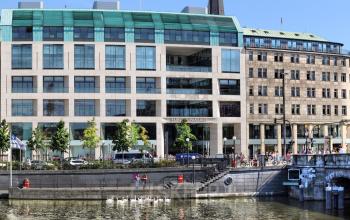 Impressive office building in Hamburg Altstadt