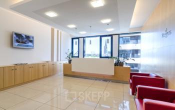 Stilvoller Empfangsbereich des Business Center in der Hamburger Hafencity am Kaiserkai