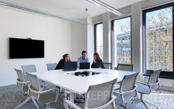 Großer Konferenzraum des Business Centers in Hamburg, Hafencity