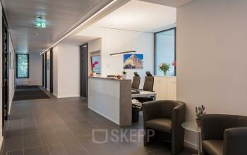 Stilvoller Empfangsbereich im Business Center in der Hamburger Neustadt