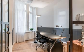 Modernes Zwei-Personen-Büro mieten am Steinhöft in der Hamburger Neustadt