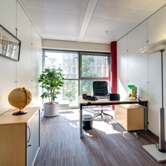 Modernes Büro mieten im Business Center in Hamburg-Neustadt