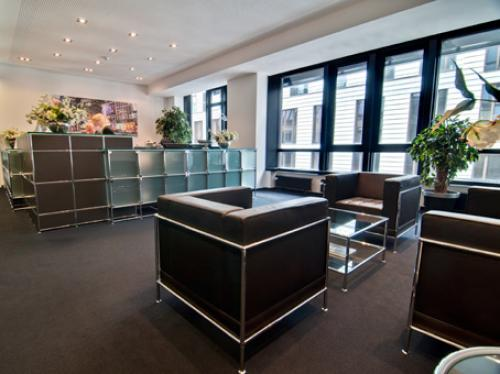 Bequeme Business Lounge der Immobilie in Hamburg